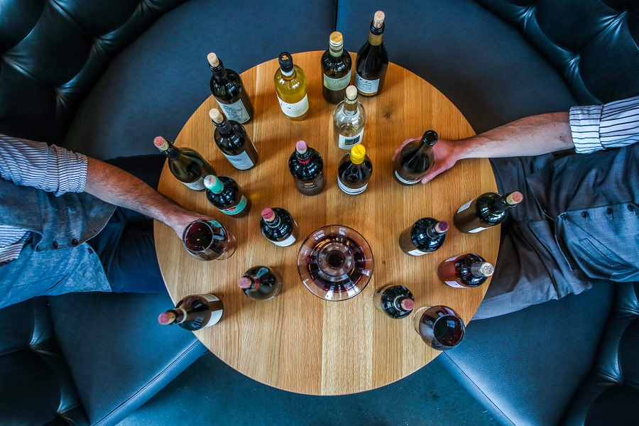 Explore the fun new wine scene on a cruise, helicopter or in local bars and tasting rooms with the Oceanside California wine tastings. Where to Go Wine Tasting in California | California Wine Trips | Wine Travel Ideas | Wine Tasting Ideas | Tips for Wine Tasting